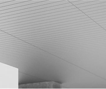 天井パネル式放射冷房